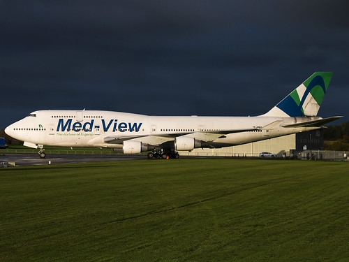 b747 tfamv medview medviewairline kembleairfield kemble cotswold cotswoldairport airatlanta boeing747412 canon70d jumbojet gba