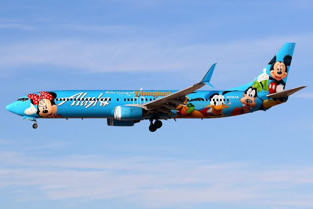 Alaska Airlines   Boeing 737-900   N318AS   Spirit of Disneyland   Las Vegas McCarran