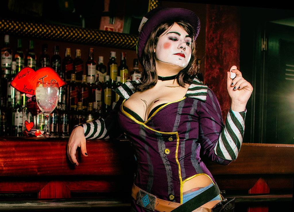 mad cosplay Sexy moxxi