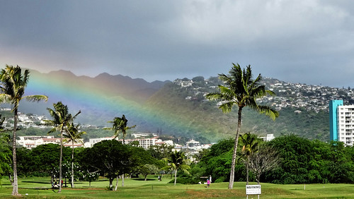 Waikiki rainbow best | by tvordj