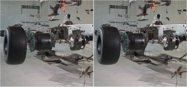 Schumacher's 2010 F1 Mercedes – stereo cross-view -4