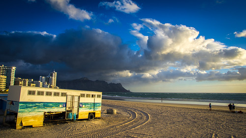 piss bus toilet strand westerncape southafrica beach