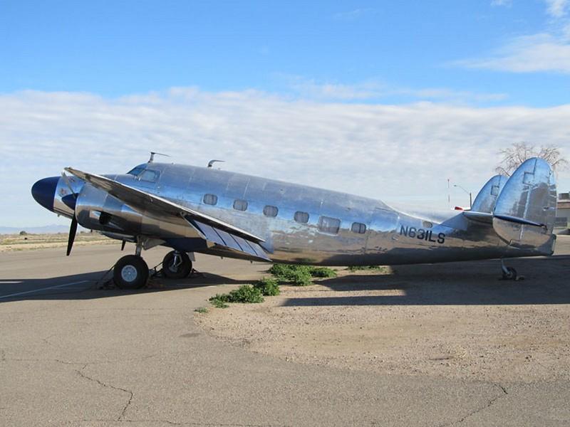 Lockheed Lodestar 1