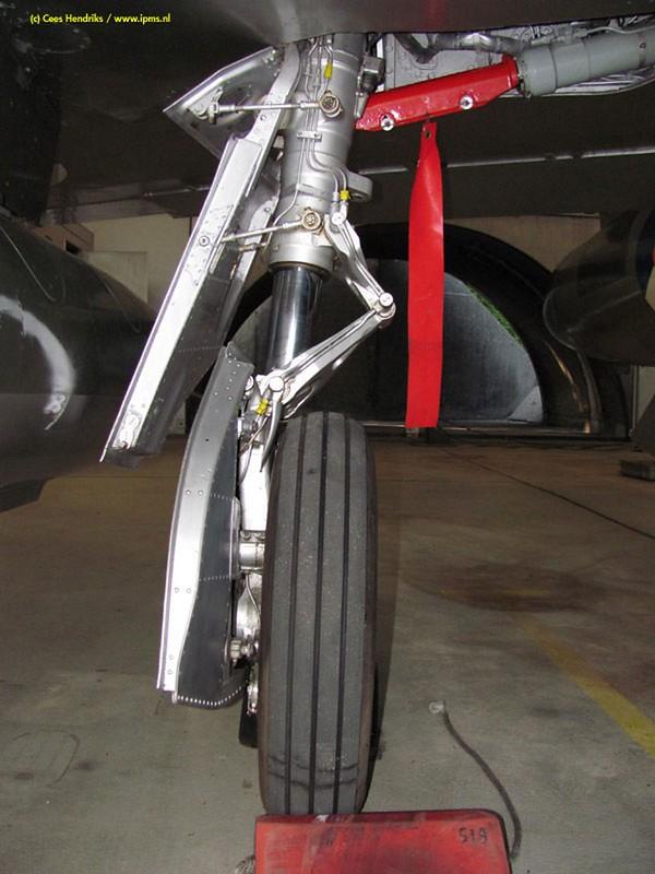 Hawker Hunter F-6A 6
