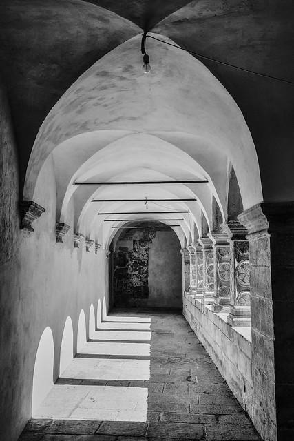 Klaustor u Pavlinskom samostanu Sv. Petar u šumi