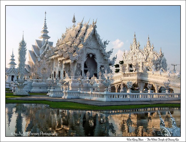 Wat Rong Khun - The White Temple of Chiang Rai 11
