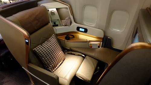 Onboard B777-300ER Business Class - Singapore Airlines | by Matt@PEK