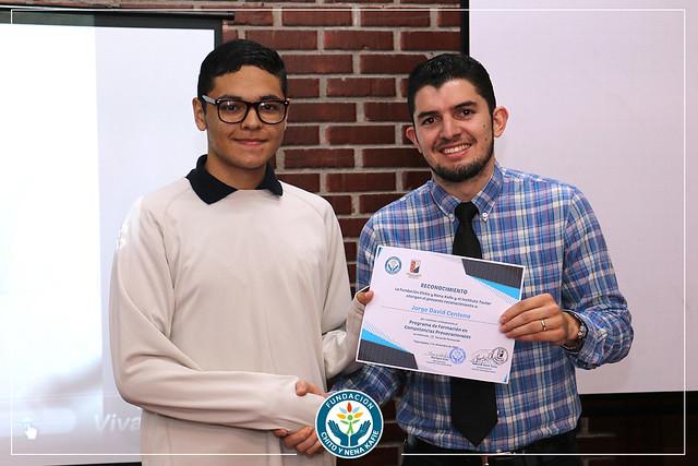 Concluye Programa de Formación en Competencias Pre vocacionales en el Instituto Taular