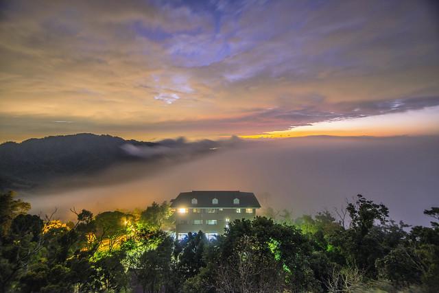雲洞~火燒夕陽雲瀑~  Clouds sunset