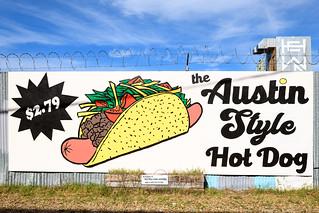 Austin Style Hot Dog