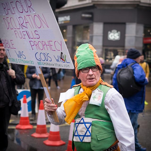 Zionist Nincompoop