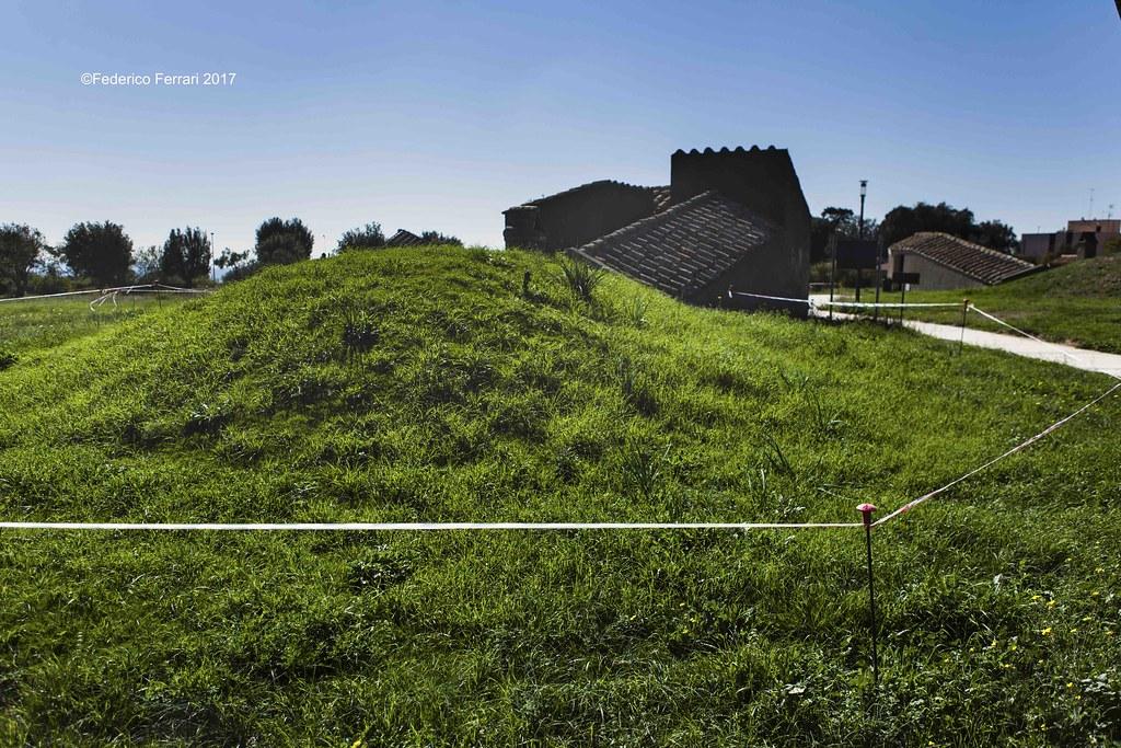 Necropoli di Monterozzi, tumulo