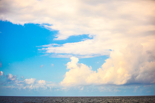 7milebeach cayman caymanislands grandcayman sevenmilebeach clouds vacation georgetown ky fav10