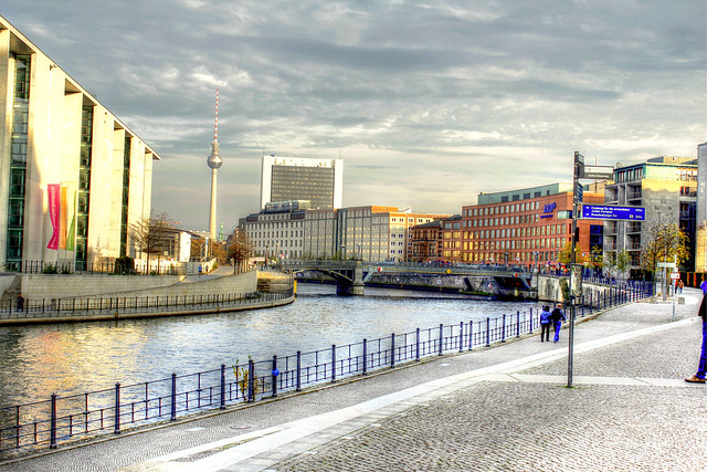 An der Spree - At the Spree