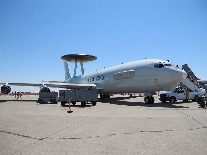 Boeing E-3B Sentry 2