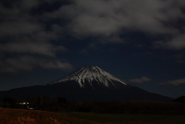 Fuji of moonlight
