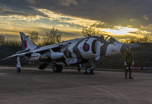 raf cosford 238 squadron hawker siddeley harrier gr3 zero seven 07 registration xz991 1 sqn markings with arctic camouflage formerly based wittering royal air force fighter bomber ground attack kev gregory canon 7d propulsion sootie british aerospace museum jump jet cold war vintage historic