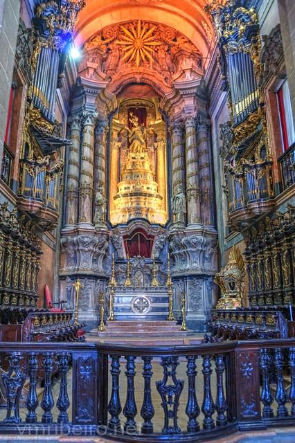 Altar-mor da igreja dos Clérigos