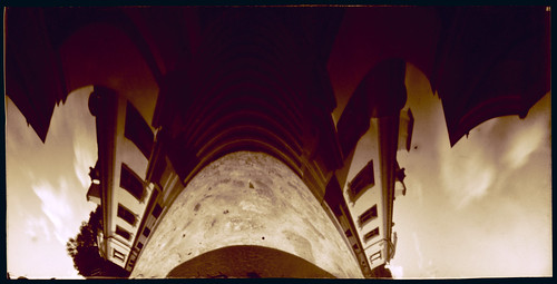 pinhole anamorph anamorphic obscura stenope lochkamera analog analogue box filmbox 35mm 4x8 paper film orthochromatic ortho photocopy distortion wide wideangle lowangle flexible bend color colour architecture house building manor sky clouds ground stair town village gelgaudiškis šakiai lithuania lietuva