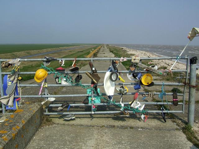 Gate on the coast near Burnham-on-Crouch