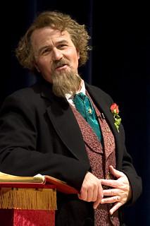 Fri, 12/05/2008 - 21:10 - Mike Randall portraying Charles Dickens