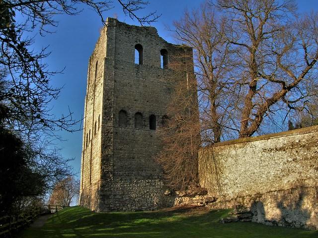 St_Leonard's_Tower,_West_Malling