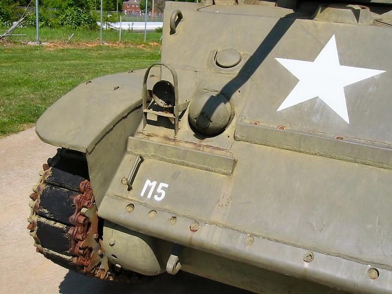 M5A1 Stuart 3