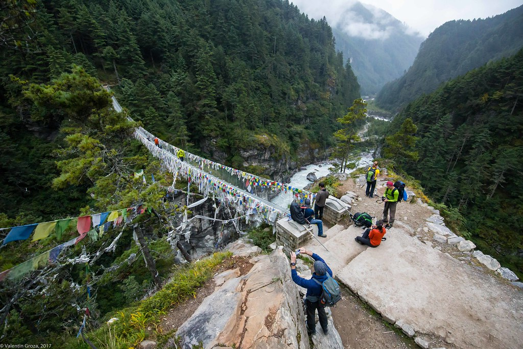 Trail to Namche 16