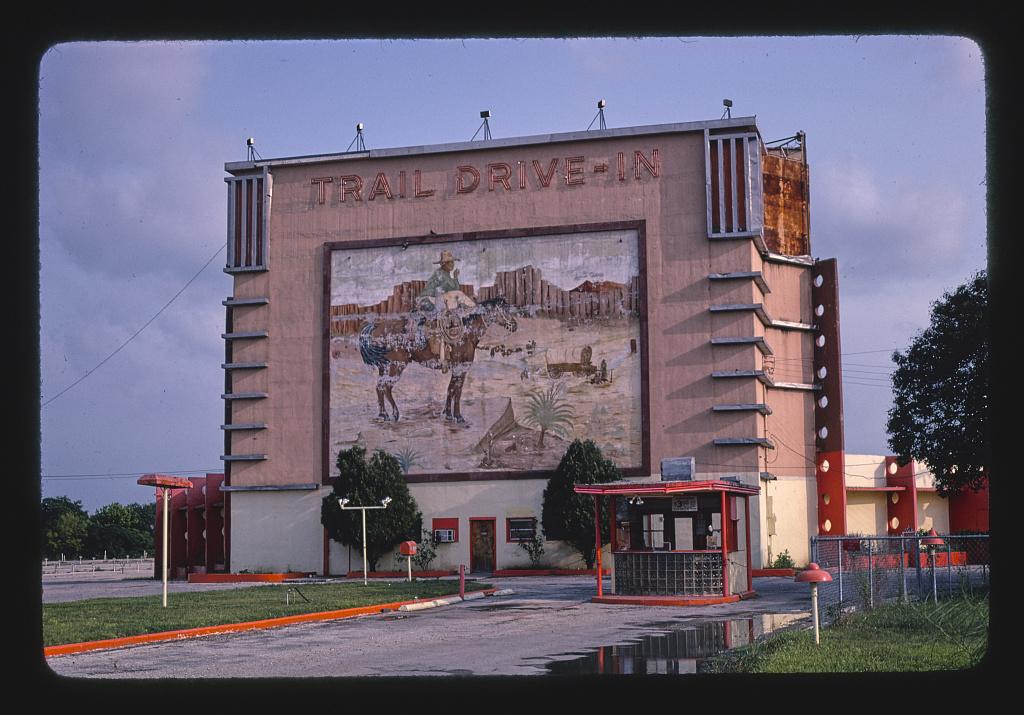 Roadside America -- Trail Drive-in Theater, San Antonio, Texas