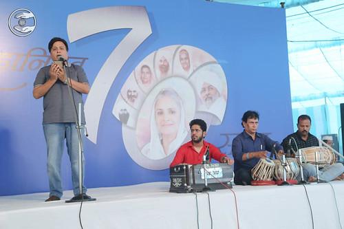 Devotional song by Kishan Arora from Abu Dhabi, expresses his views
