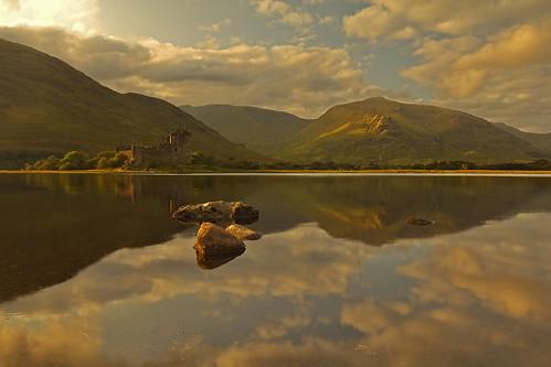 kilchurn castle scotland uk scottish andreapucci sunset ruins
