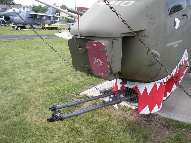 Bell AH-1F Cobra 5