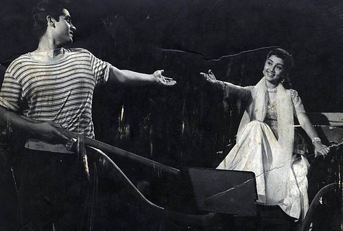Sadhana & Joy Mukerjee in Love In Simla-1960