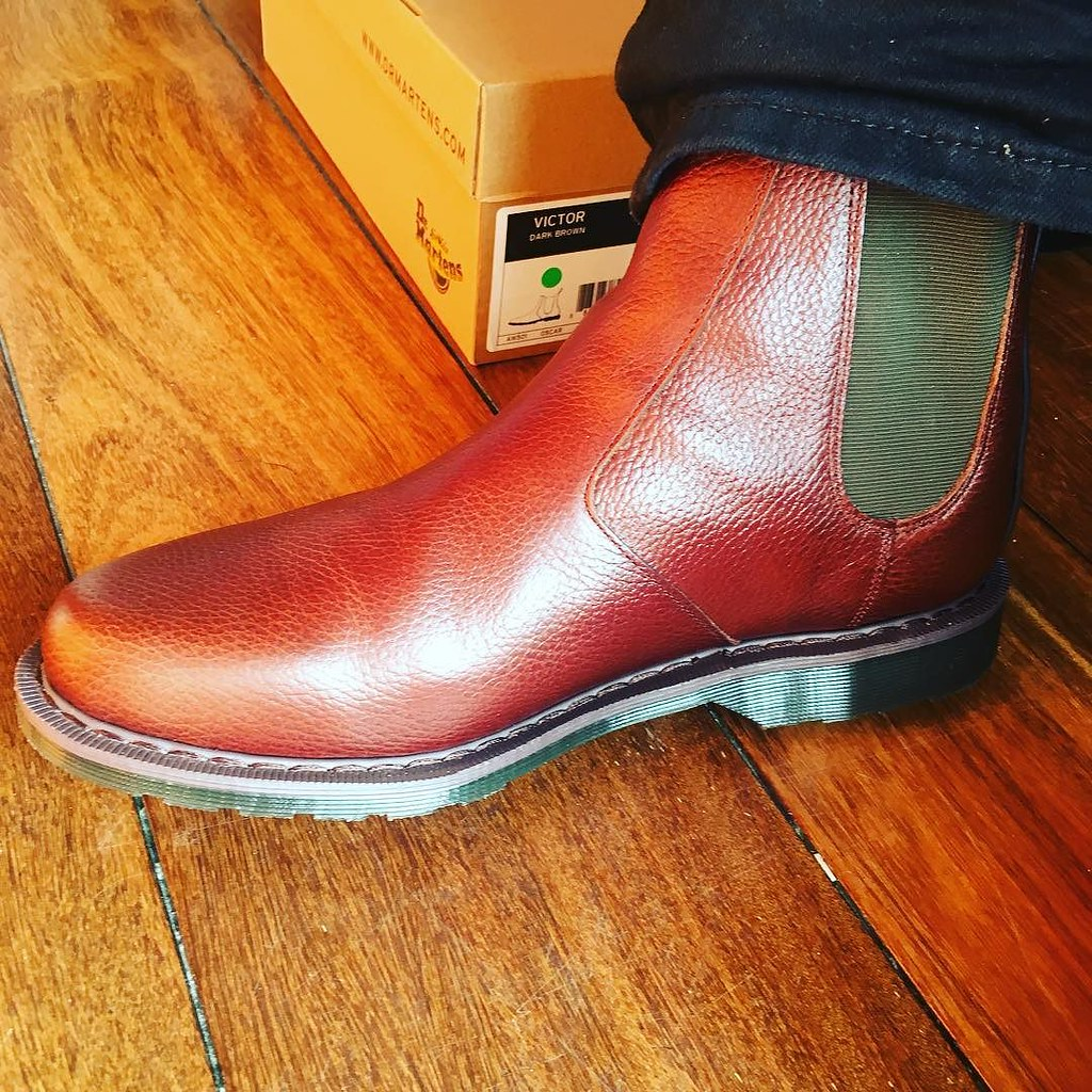 New Chelsea Boots from @drmartensofficial
