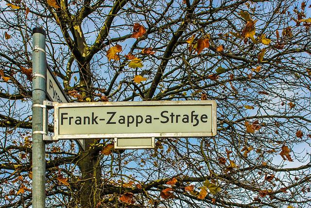Frank-Zappa-Street