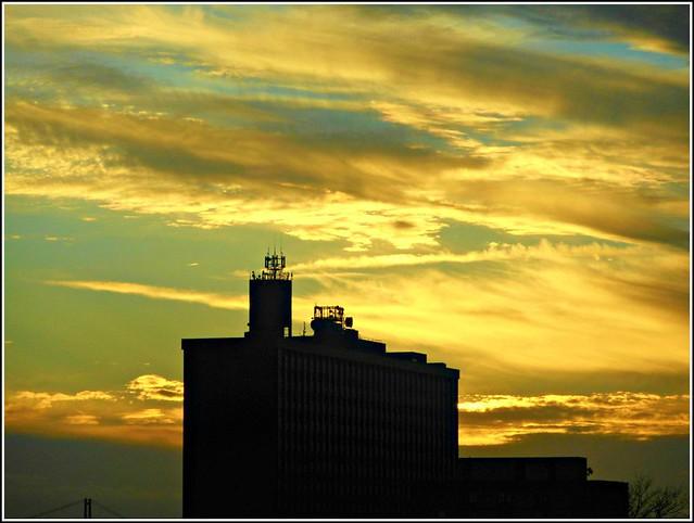 Sunset  above HRI ...