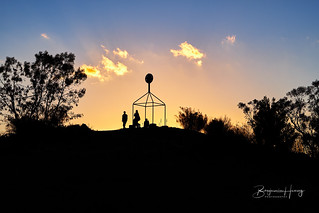 Top of Wanniassa Hills with friends | by boxyinfinity