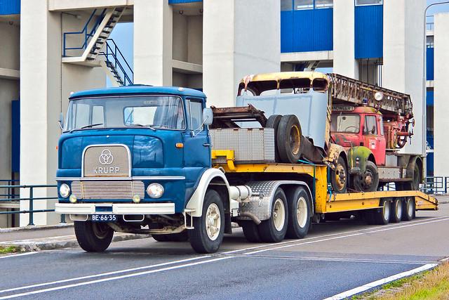Krupp F 360 Truck 1968 with Van Hool 3H0018 trailer 1994 (6789)
