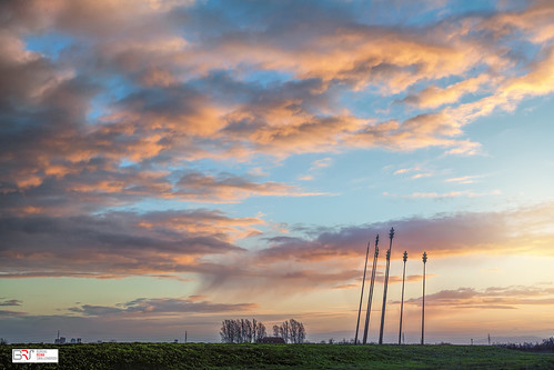 reinasmallenbroek matsloot deonlanden drenthe landschap oerwoldmonument natuurmonumenten lanscape sunrise sky clouds wolkenlucht