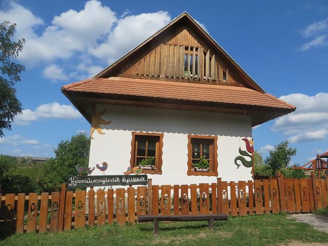 Hollocko, Hungary