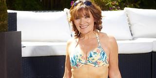SUNFEA_lorraine_bikini_promise_83.jpg.jpg | by Lorraine Kelly Appreciation Society