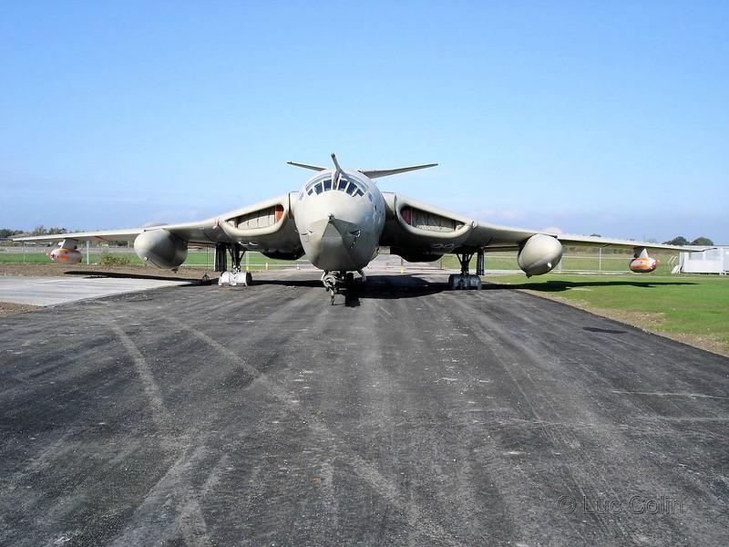 Victor B.Mk。2K2-好色的林迪1