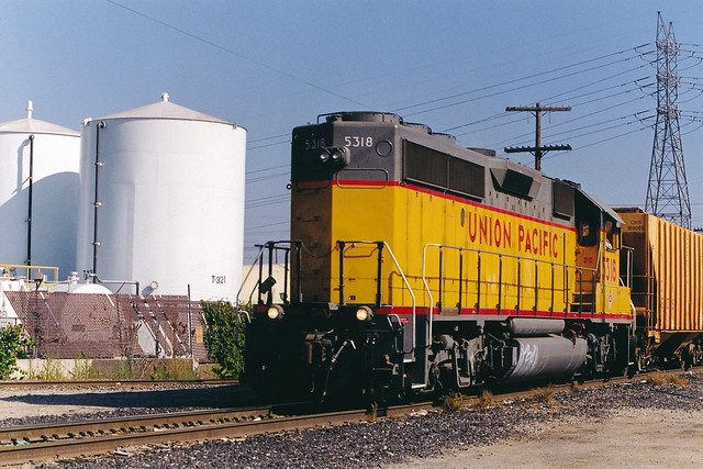 Union Pacific GP40-2 No. 5318 On Downey Road