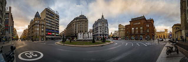 León Downtown
