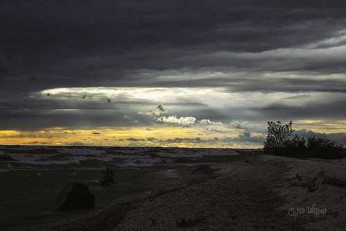 sunset lake erie rock point southern ontario canada waves wind water shore haldimand