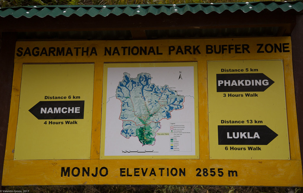 trail to Namche 11