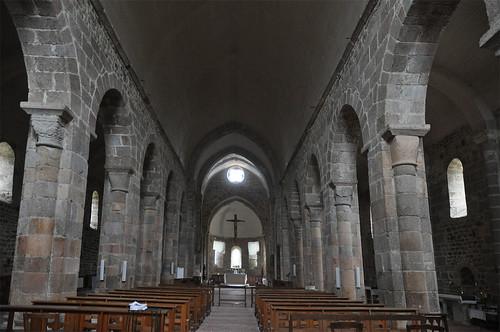 Abadia de Bellaigue (Puèi Domat) | by Monestirs Puntcat