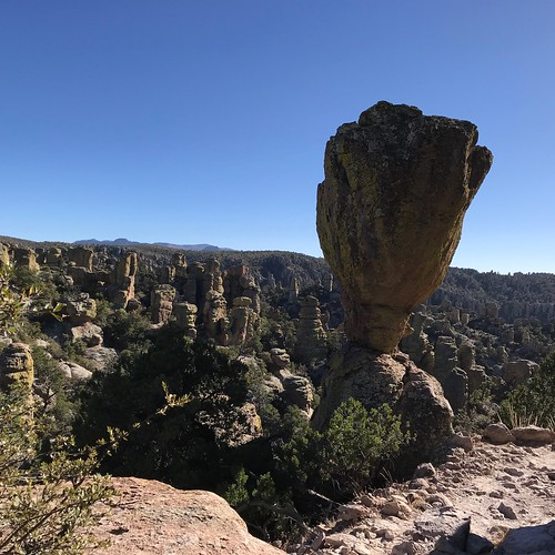Chiricahua National Monument big balance hoodoo | by Pierre Yeremian