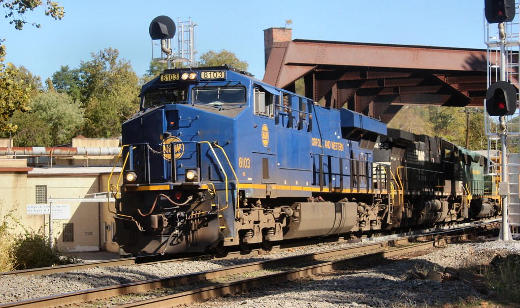 NS ES44AC 8103 Allentown, PA 19 Oct 2017 D-5682 | Dick