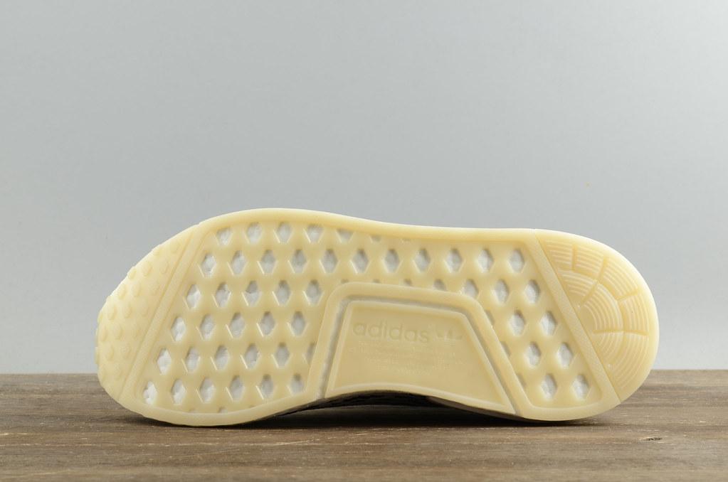 Adidas NMD R1 PK 白斑点   Size: 40 40.5